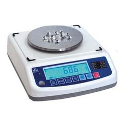 Весы лабораторные МАССА-К ВК-600 (0,5-600 г), дискретность 0,01 г, платформа диаметром 120 мм
