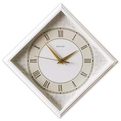 """Часы настенные САЛЮТ П-2Е7-422, ромб, белые с рисунком """"Классика"""", белая рамка, 28х28х4 см"""